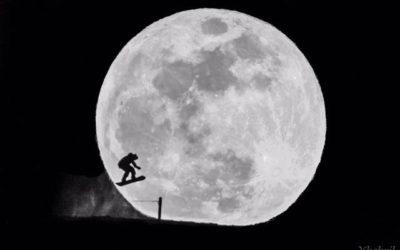 La espectacular foto de la superluna tomada esta madrugada en Astún