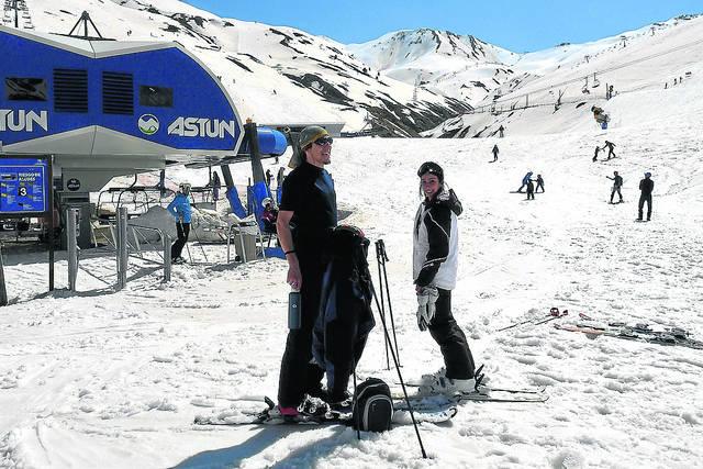 Despidiendo la temporada de esquí en manga corta